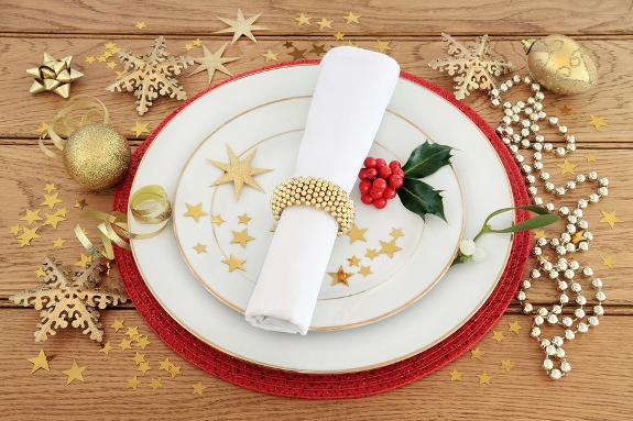 Christmas China Is a Special Kind of Dinnerware